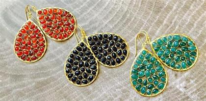Simple earrings in Black Onyx, Green Onyx and Red Onyx. Made in 22 K gold plated, Sterling Silver. Perfect for the holidays.