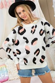 Round Neck Long Sleeve Leopard Printed Sweater