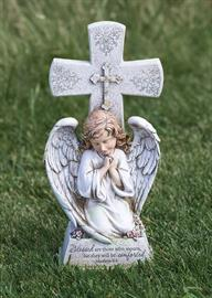 Celebrate the beautiful life of a lost loved one with our vast collection of memorial gifts.