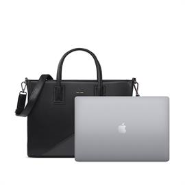 Your all-in-one everyday tote bag perfect for work, travel or school.