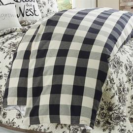 Camille black & white buffalo check duvet paired with the Lyla floral 3 piece quilt set will make a perfect modern farmhouse look.