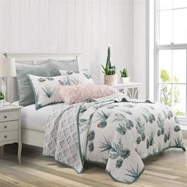 This charming cactus and succulent motif will brighten up your bedroom, refreshing the space with cool pops of teal green and soft pink. Soft, affordable and reversible to pastel triangle pattern, this quilt set includes Quilt & 2 Shams in Full/Queen & King. Twin has 1 sham.