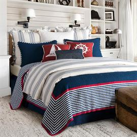 This red, white and blue patriotic or nautical themed bedding is perfect for any room.  Accent it to your needs with our wonderful lake or ocean motif pillows for a nautical theme.  Or, keep it simple and build around it with nostalgic icons.