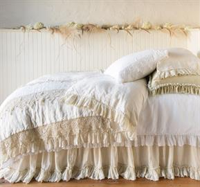 Perennially popular Linen Whisper welcomes a Coverlet – lightly padded for an ideal year-round weight.