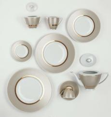 Deshoulieres porcelain is inspired by trends from both interior and fashion, and deploys a true and elegant spirit of the style that is synonymous with France.  www.deshoulieres.com